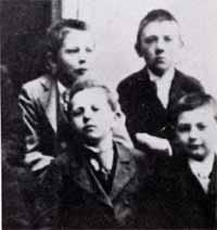 Адольф Гитлер - канцлер и фюрер Германии (часть 1) | Всемирная ...